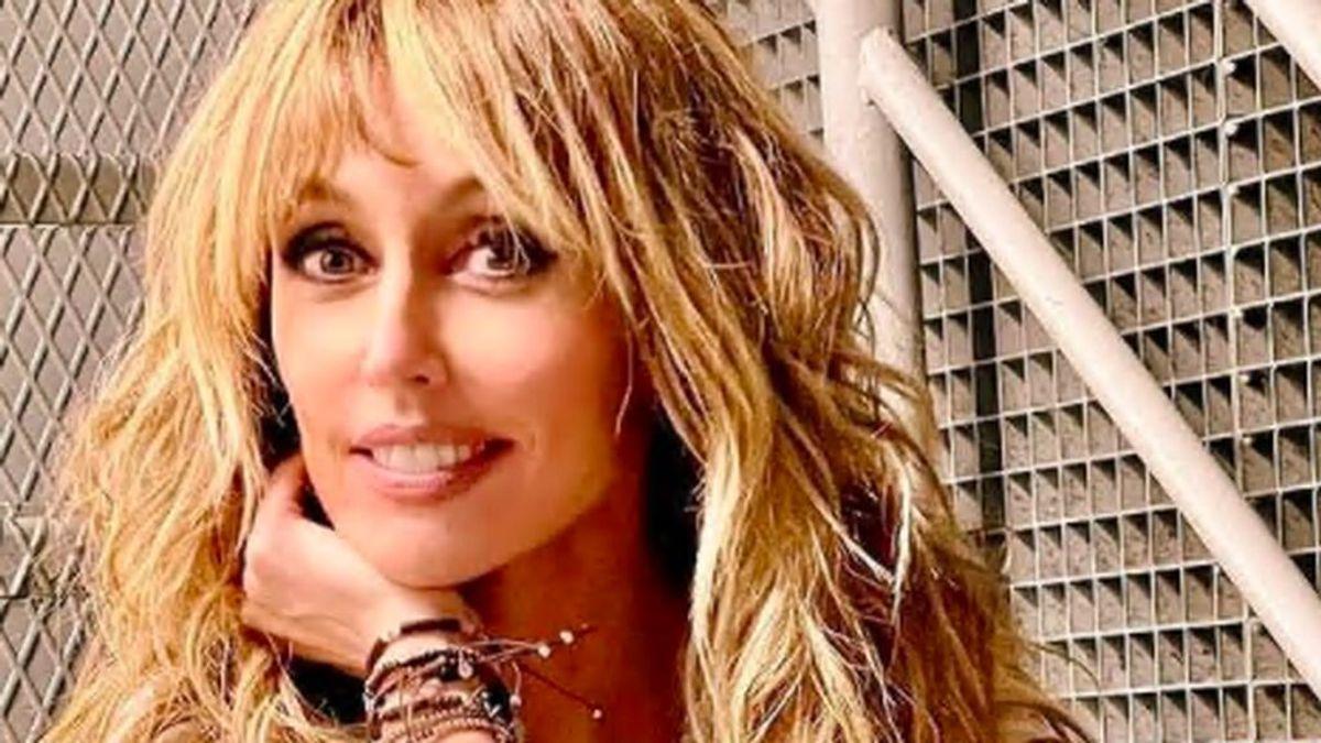 Un enorme cartel en la fachada de Mediaset felicita a Emma García por su cumpleaños: el equipo de 'Viva la vida' se ha superado un año más
