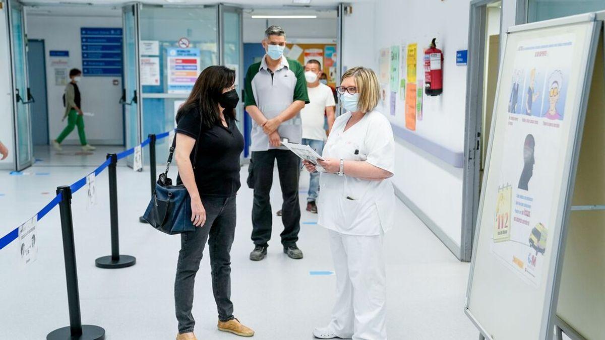 Los hospitalizados por covid en Madrid siguen bajando y se sitúan en 622