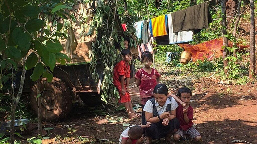 100.000 personas han huído de sus hogares desde el golpe de Estado en Birmania