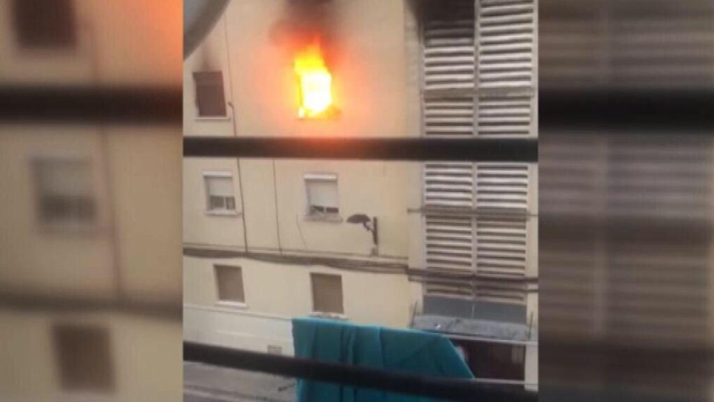 Un muerto y 3 heridos en el incendio de un edificio en Algemesí