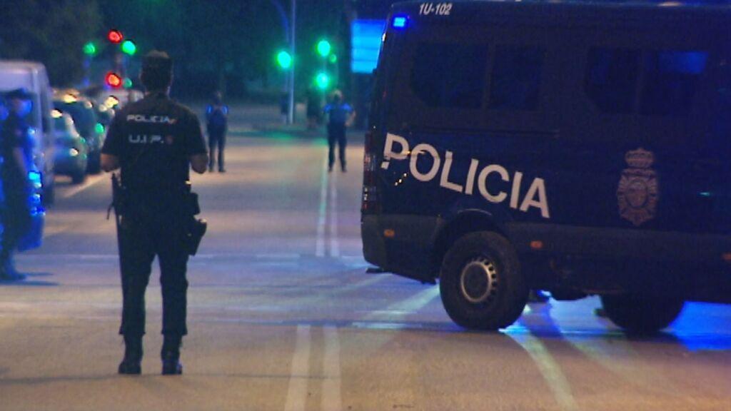 Un hombre se atrinchera en una vivienda de Madrid
