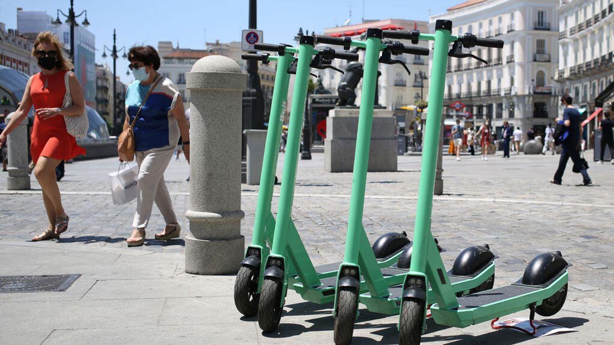 Patinetes en la Puerta del Sol, en Madrid