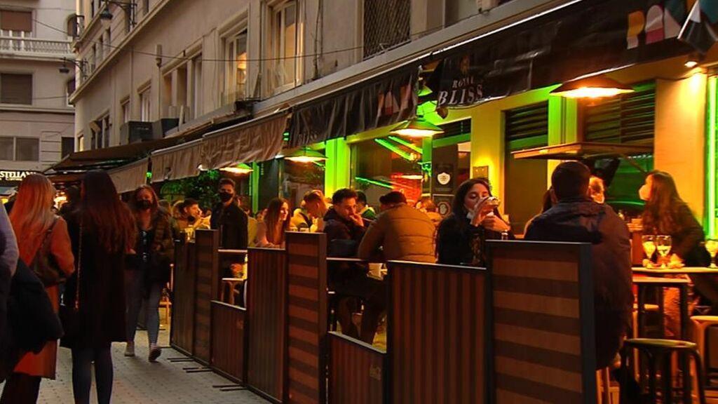 Las CCAA decidirán la apertura, el aforo y el horario de los bares y restaurantes