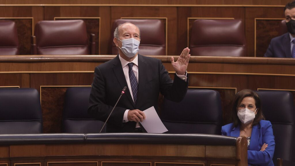 El ministro de Justicia, Juan Carlos Campo, durante la sesión de control al Gobierno