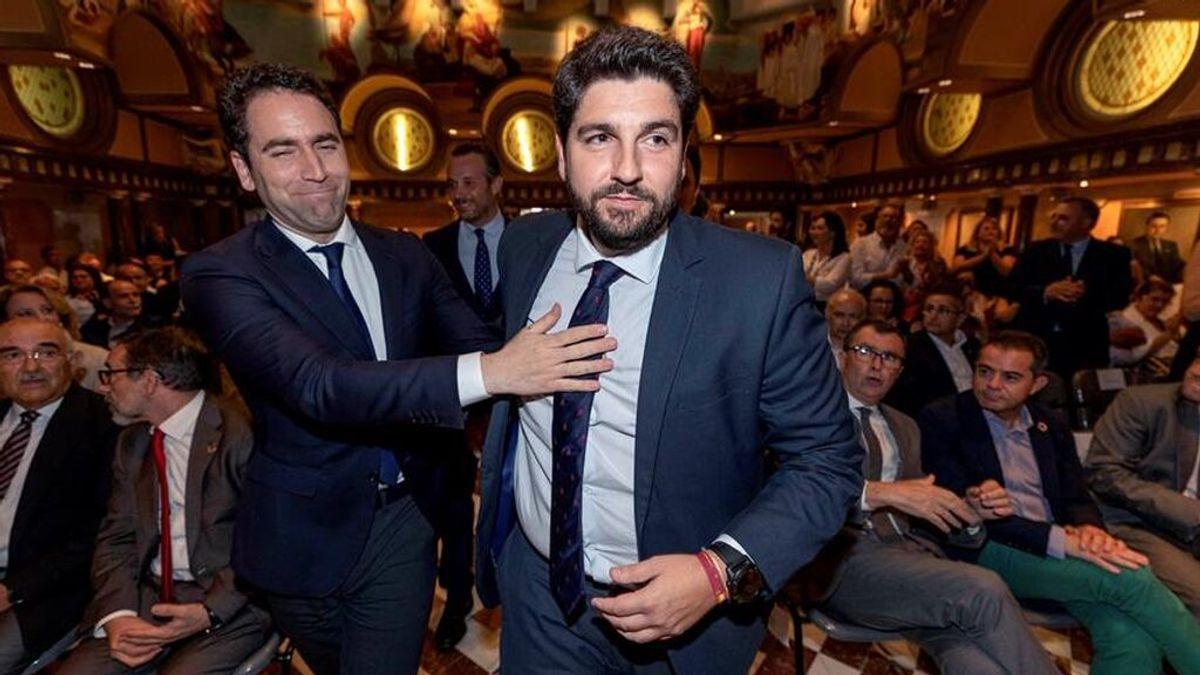 El secretario general del PP, Teodoro García Egea, junto al presidente de Murcia, Fernando López Miras