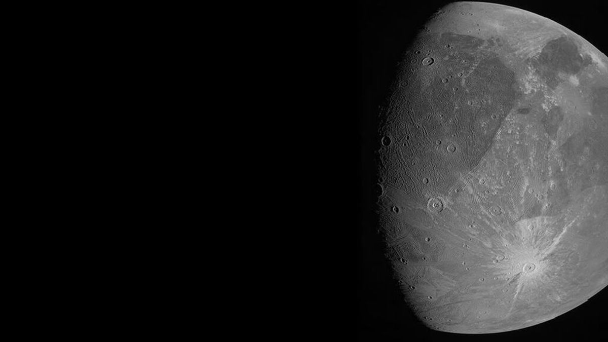 La NASA difunde las primeras imágenes de Ganímedes tomadas por la sonda Juno