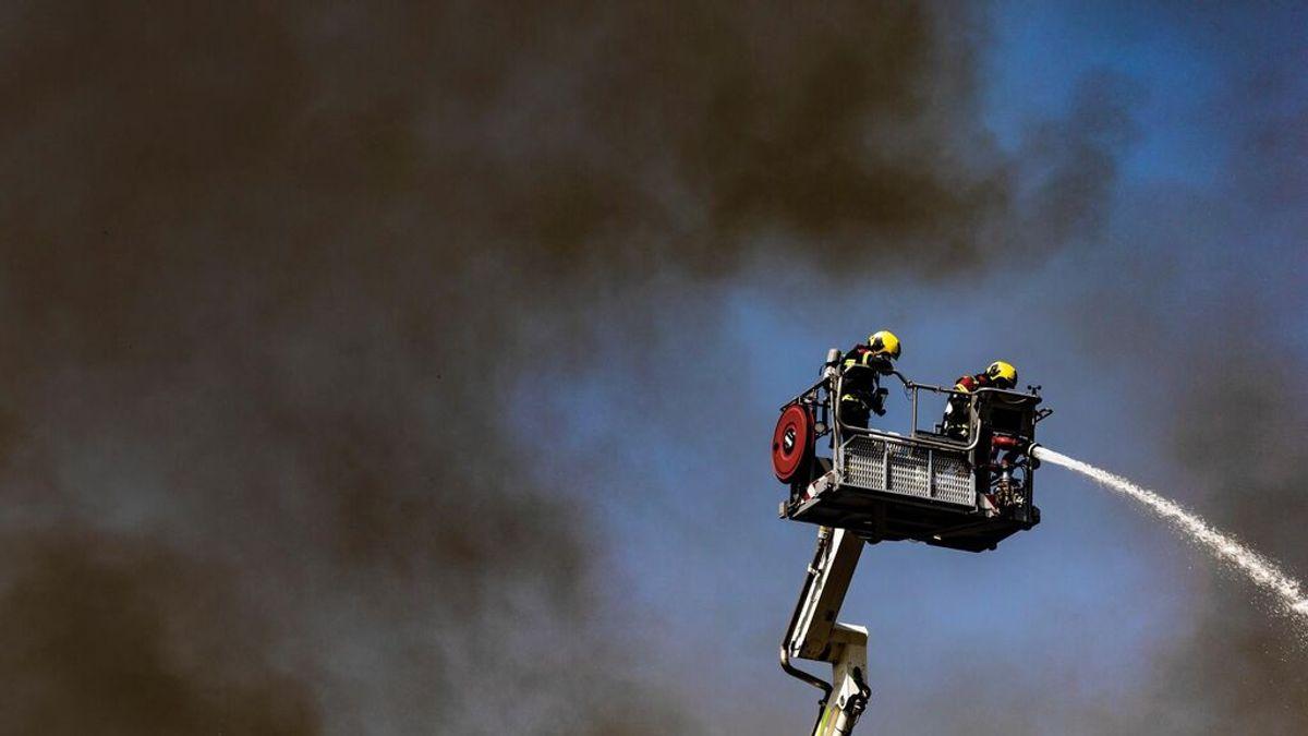 Controlan un nuevo incendio en Seseña que afectó a varias naves: nadie ha resultado herido
