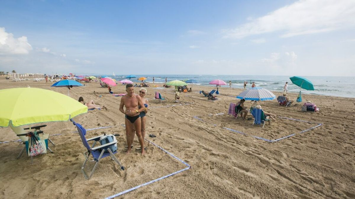 Las reservas de vivienda turística en destinos de costa supera a la del verano pasado y apunta al 'completo'