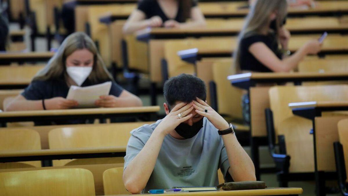 """""""Masacre"""" en el examen de Matemáticas II de la selectividad en Madrid: los estudiantes estallan en la red"""