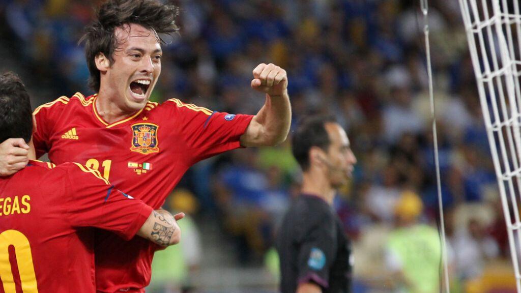 David Silva celebrando un gol con España