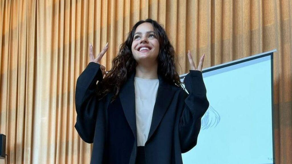 Rosalía imparte una masterclass en su antigua escuela