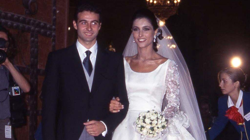 La pareja se dio el 'sí, quiero' en la Catedral de Valencia.