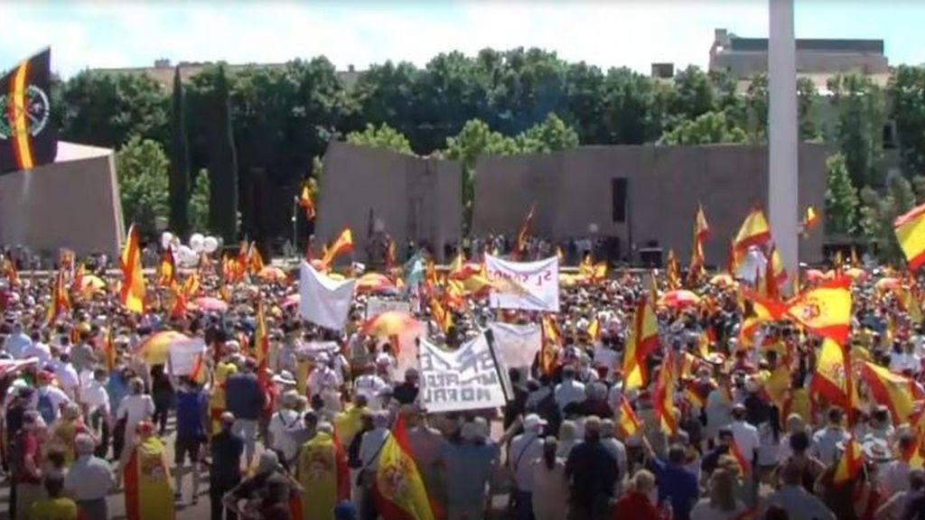 Concentración en Colón contra los indultos a presos independentistas