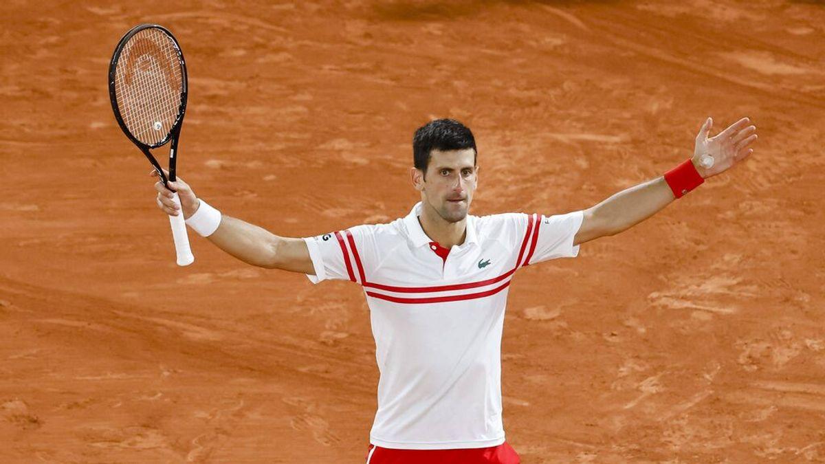 Djokovic se proclama campeón de Ronald Garros tras superar a Tsitsipas en la final