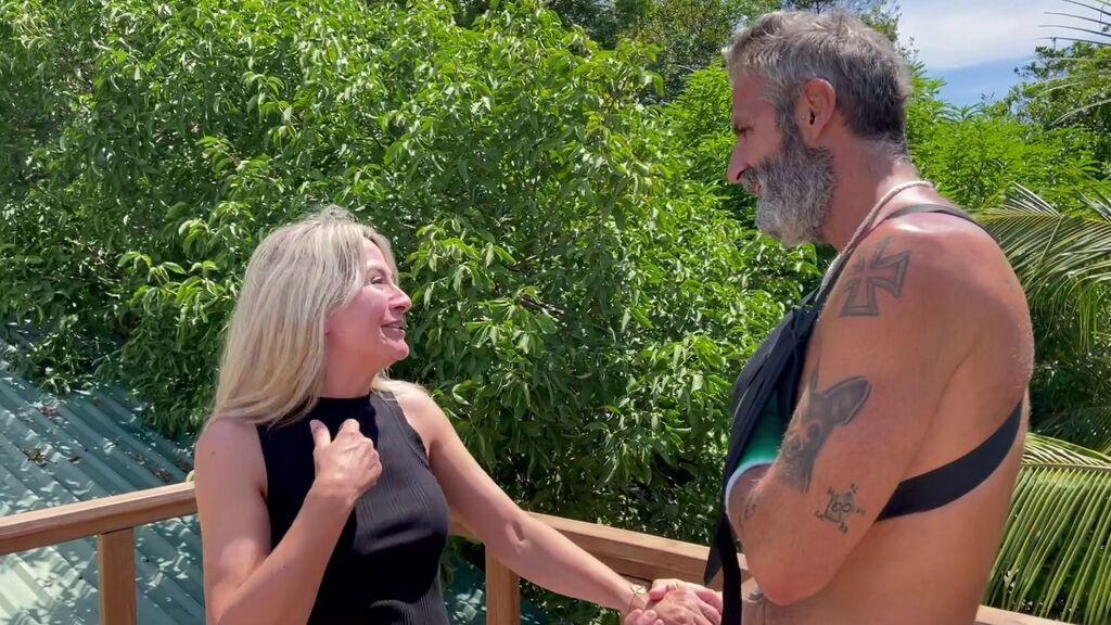 El reencuentro de Nela y Carlos Alba