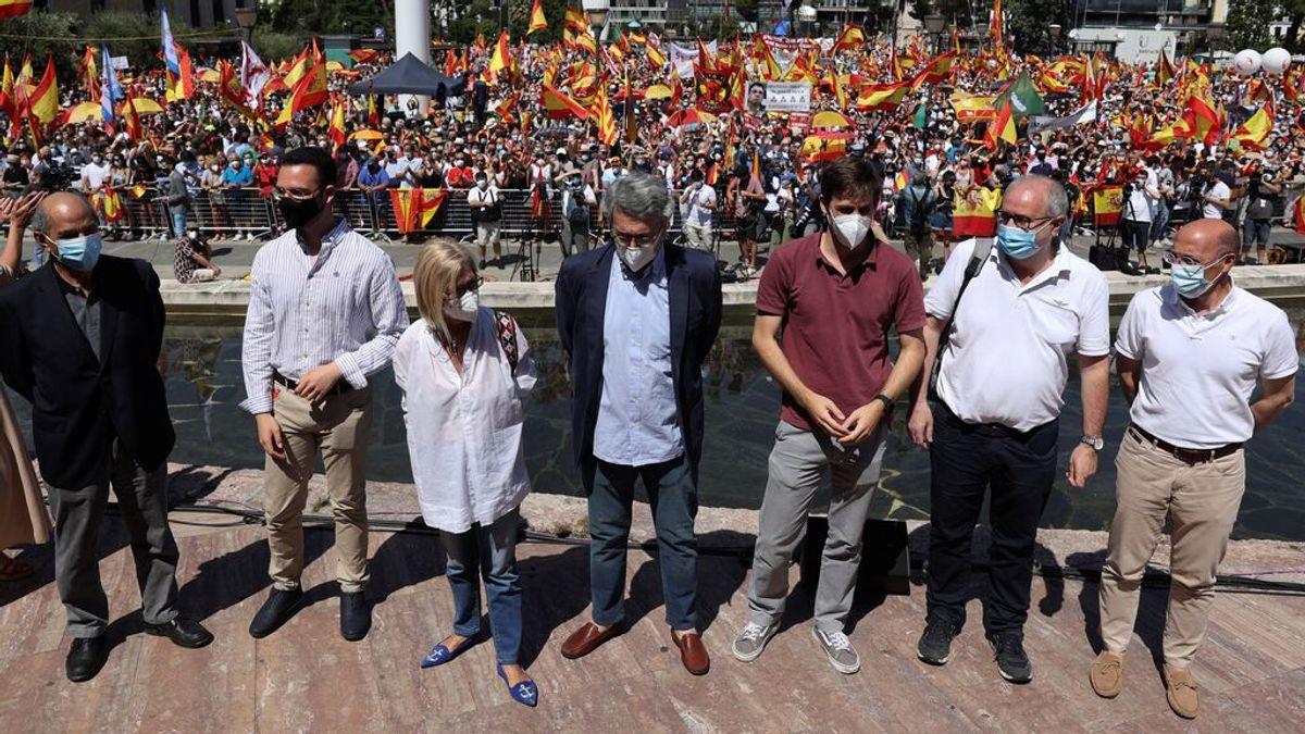 """Rosa Díez, en el acto de Colón: """"Sánchez ha puesto la justicia en venta y los españoles no lo vamos a permitir"""""""