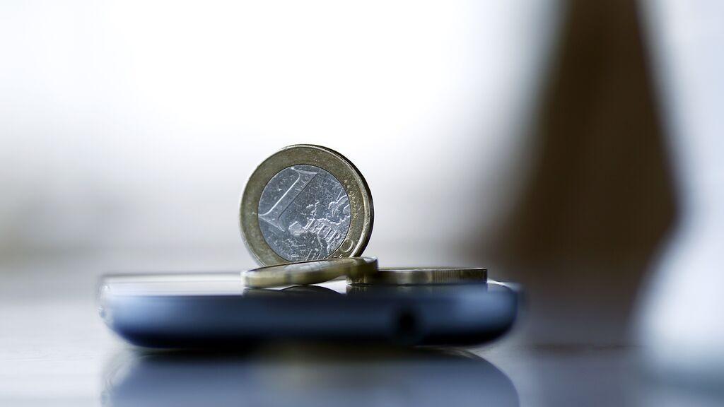 """El PSOE plantea estudiar un euro público digital para recuperar el """"control democrático"""" sobre el dinero"""