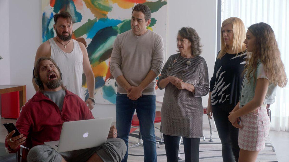 Rubén ha tocado fondo y sufre una crisis existencial tras un nuevo rechazo en un casting