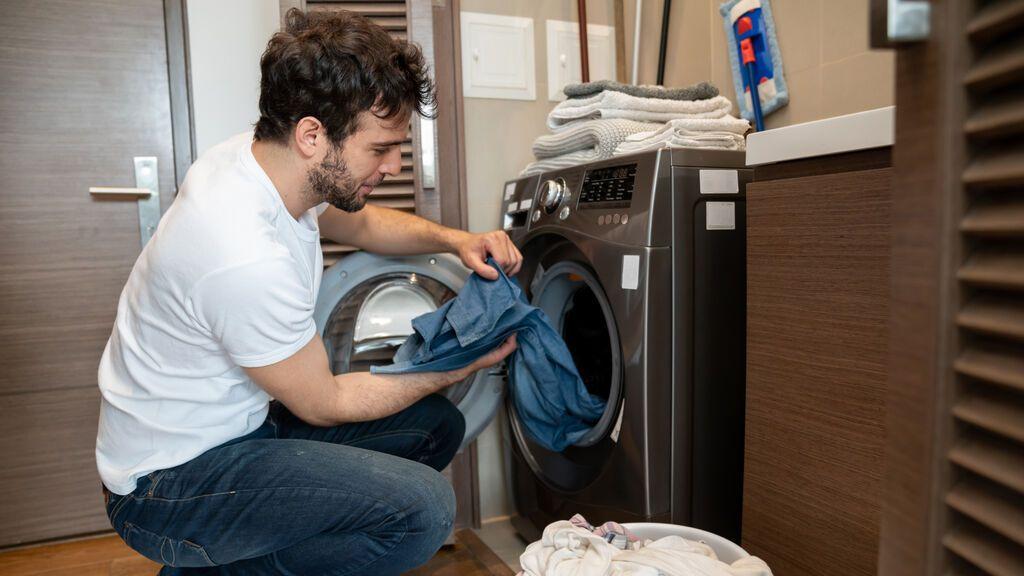 Poner la la lavadora este lunes a las 21 horas, el momento más caro