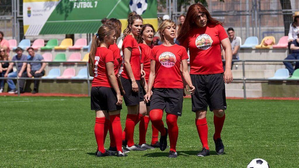 Los Leones y las Diablas de Montepinar también jugaron con La Roja