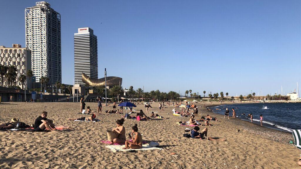 Dos hombres mueren ahogados en playas de Barcelona y Badalona