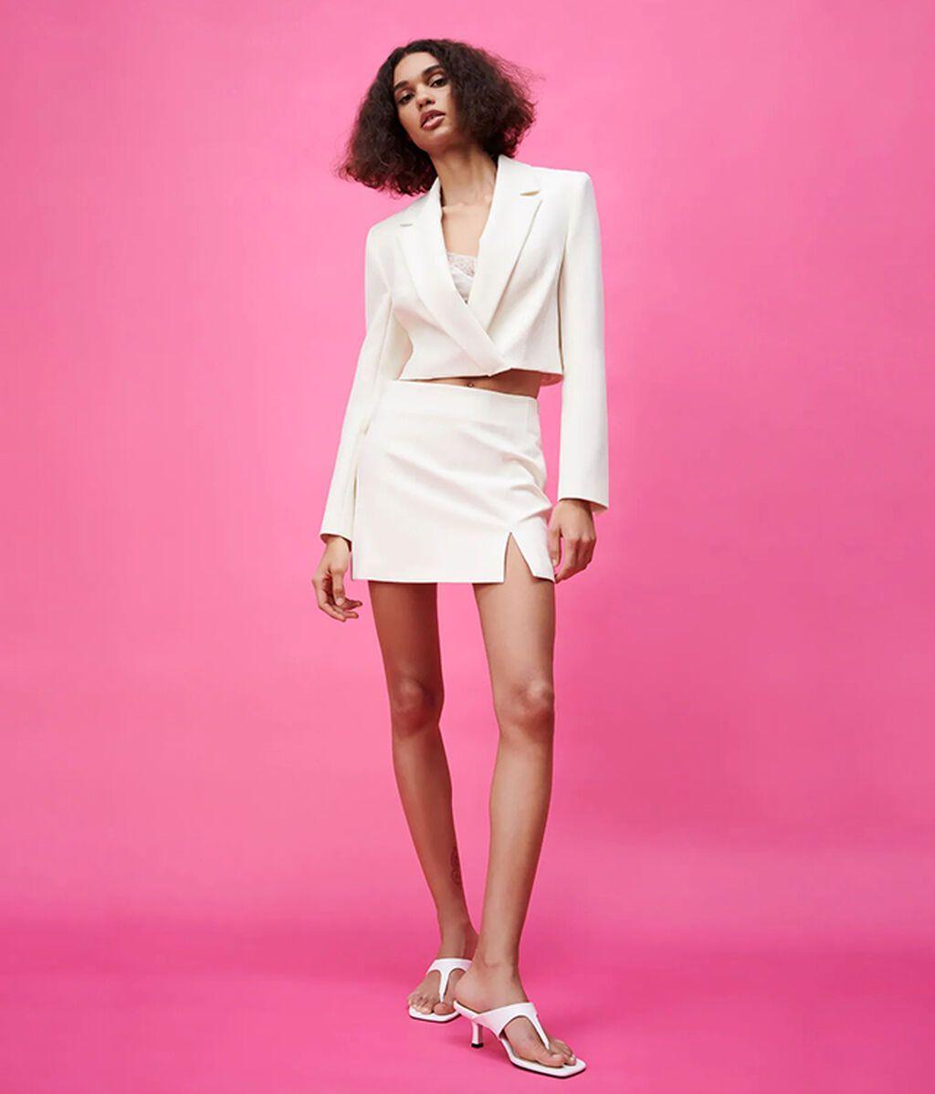 Conjunto con falda mini de Zara