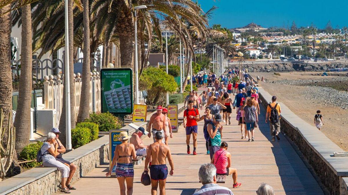 Las Palmas, Sevilla y Santa Cruz de Tenerife, las ciudades más baratas para viajar este verano