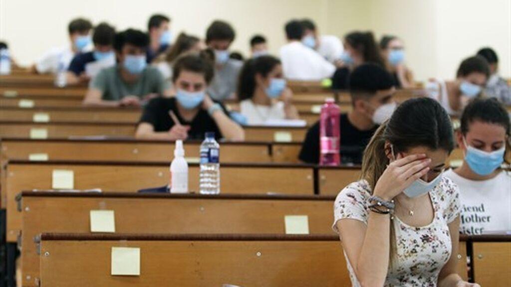 ¿Dónde, cuándo y cómo consultar las notas de la PEvAU en Andalucía?