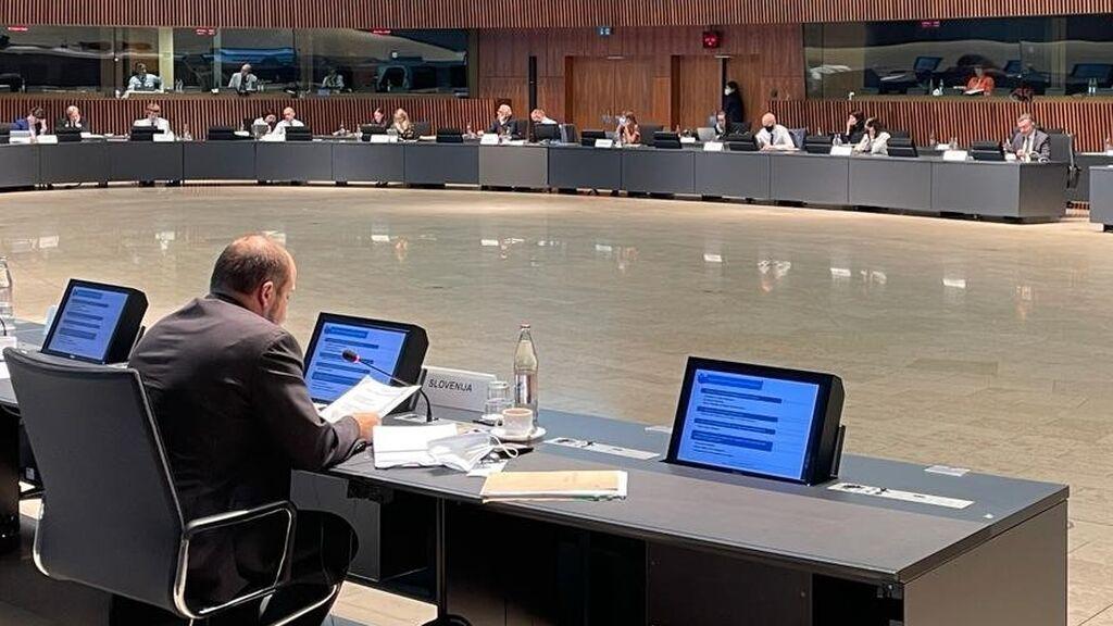"""¿Por qué el ministro de Salud de Eslovenia da por """"finalizada"""" la pandemia?"""