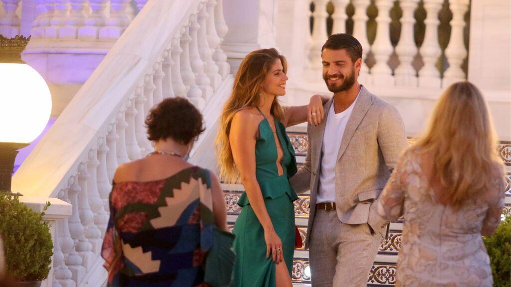 Maxi Iglesias podría tener nueva novia: Stephanie Cayo, la actriz peruana y compañera de rodaje con la que le relacionan