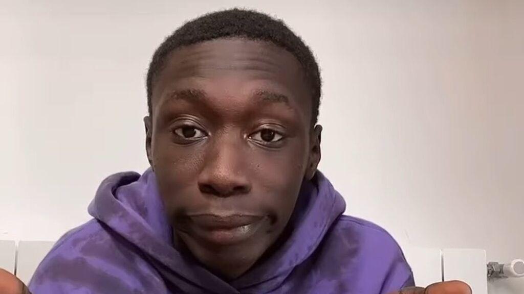"""Khaby Lame, el senegalés que triunfa en TikTok desmotando los 'trucos' más absurdos: """"Lo amo"""""""