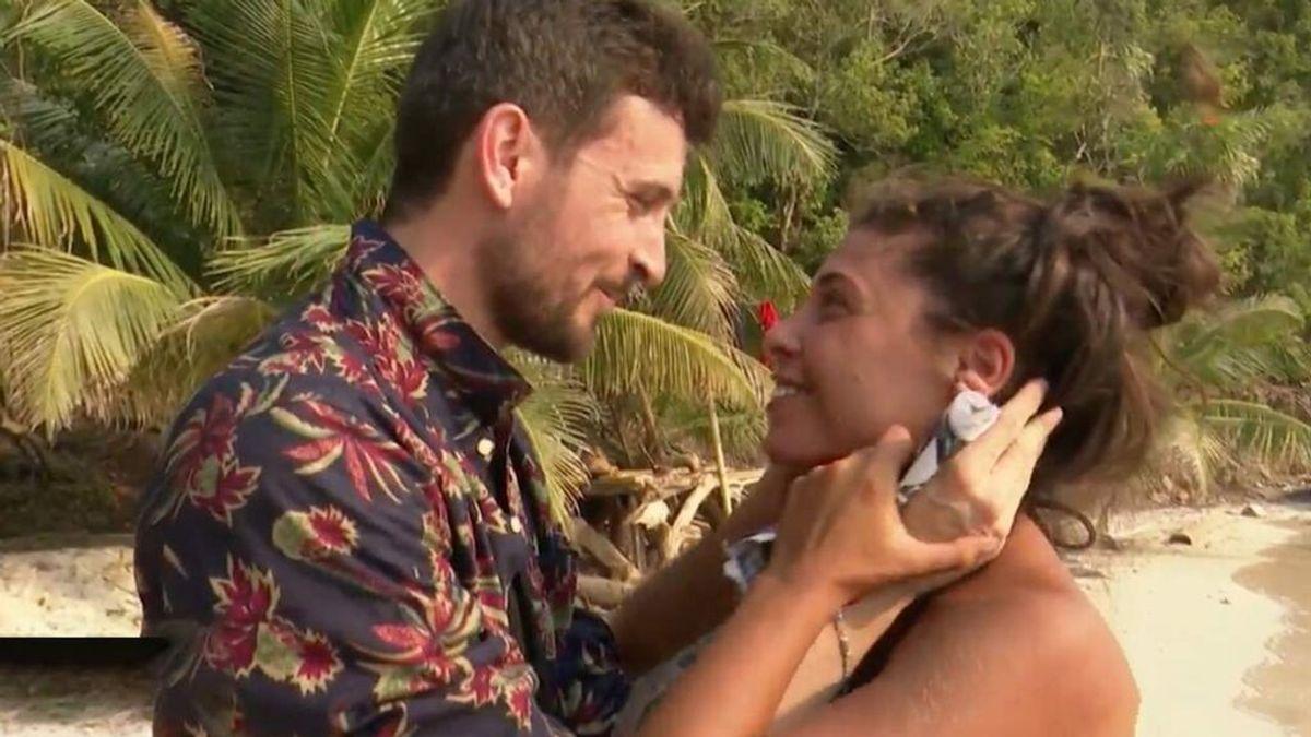 """El novio de Lola defiende a la superviviente y arremete contra Rocío Flores y Olga Moreno: """"¡Me aburren!"""""""