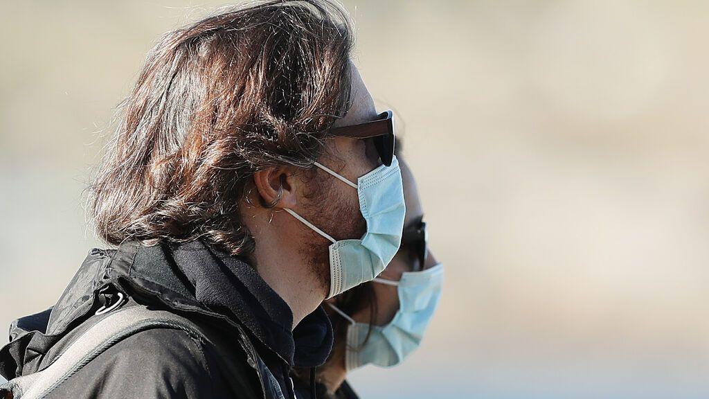 """El doctor Jesús Molina Cabrillana: """"Deberíamos haber quitado ya las mascarillas en exteriores"""""""