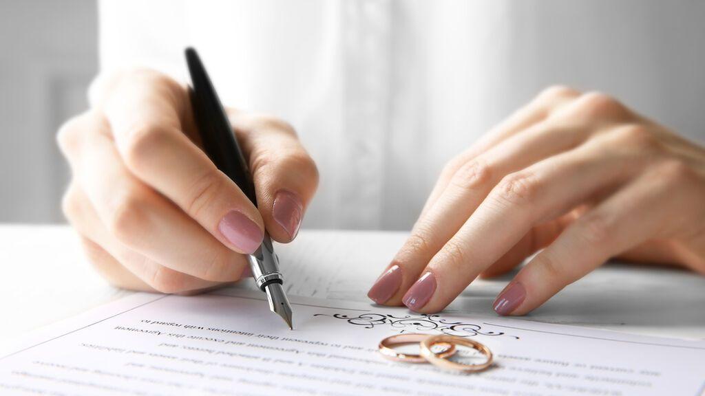 Casarse ante notario en España sí es posible: esto es todo lo que debes saber y los documentos que tendrás que presentar.