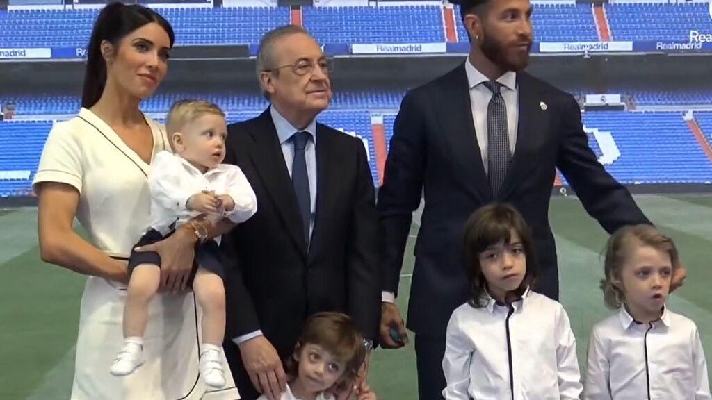 Sergio Ramos con Florentino Pérez, su mujer Pilar Rubio y sus cuatro hijos
