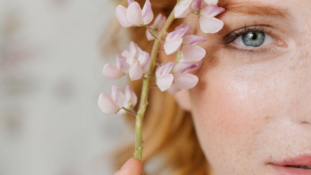 Estas son las 7 mejores infusiones para la piel: rejuvenecen, reafirman y desintoxican
