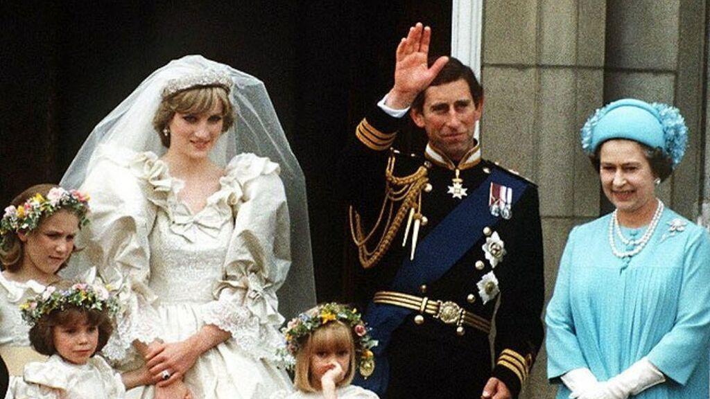 Así fue la impresionante e histórica boda entre Lady Di y Carlos: recordamos los mejores momentos del enlace.