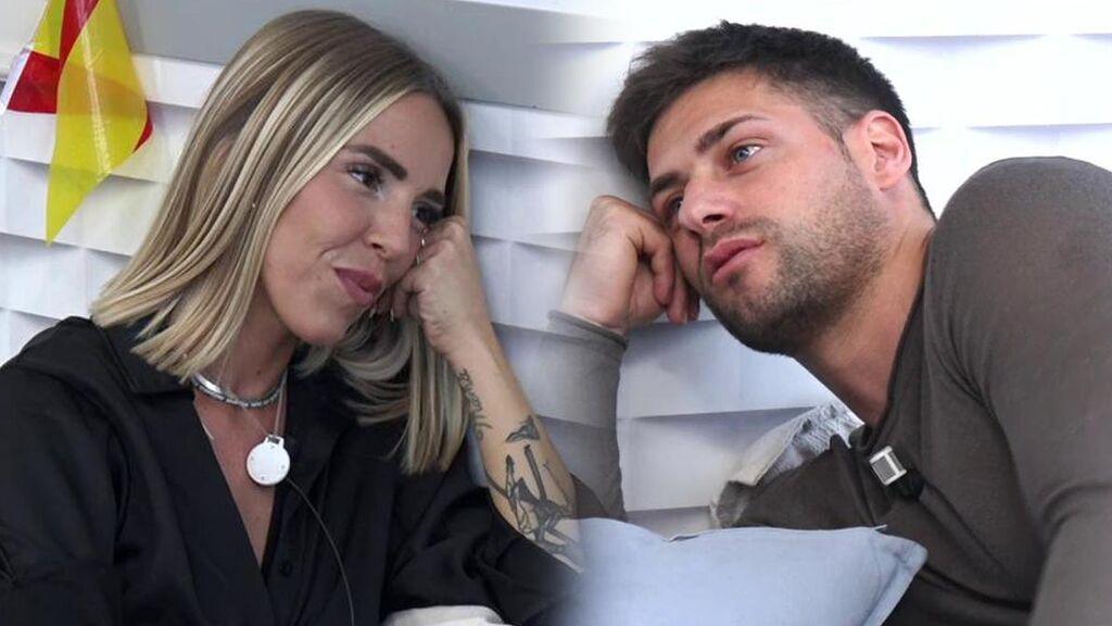 Danna Ponce le cuenta a Albert cuántas relaciones ha tenido y le dice que está soltera