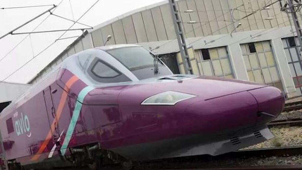 Renfe estrena el Alvo, el tren low cost, que une Madrid y Barcelona, con billetes desde 7 euros