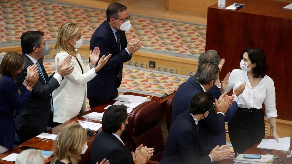 Ayuso investida presidenta de Madrid en primera vuelta con los votos de Vox