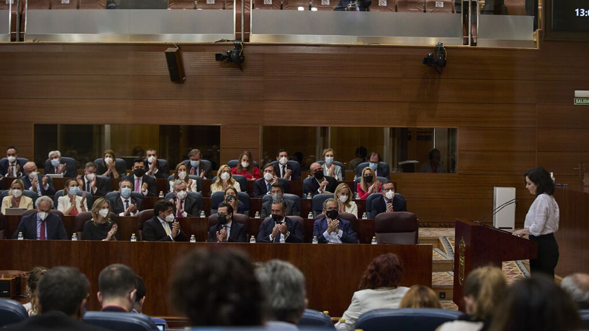 Investidura de Isabel Díaz Ayuso, en directo: La oposición responde a las medidas estrella