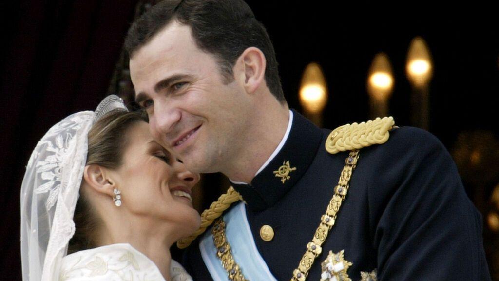Felipe y Letizia, en su boda (2004)