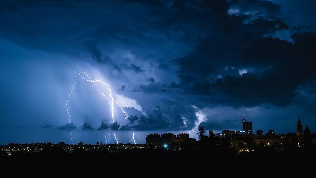 ¿Por qué llegan las lluvias en junio este fin de semana? Zonas afectadas en España