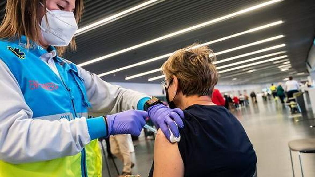 Qué hacer antes, durante y después de vacunarte contra el covid-19
