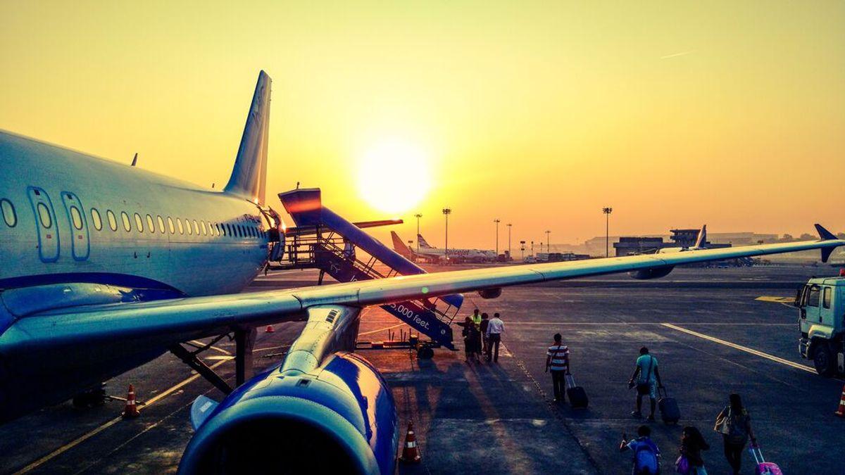 Por qué las aerolíneas quieren pesar a los pasajeros antes de coger un vuelo