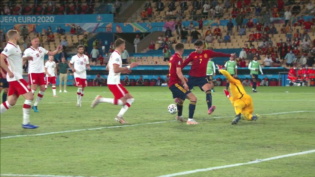 La tuvo Morata: Gran combinación de España que el delantero falla ante Szczęsny