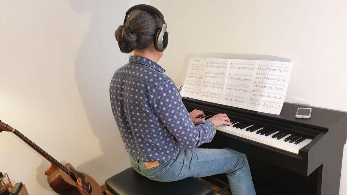 """Aprender a tocar el piano a los 50: """"He redescubierto una pasión que tenía dormida"""""""