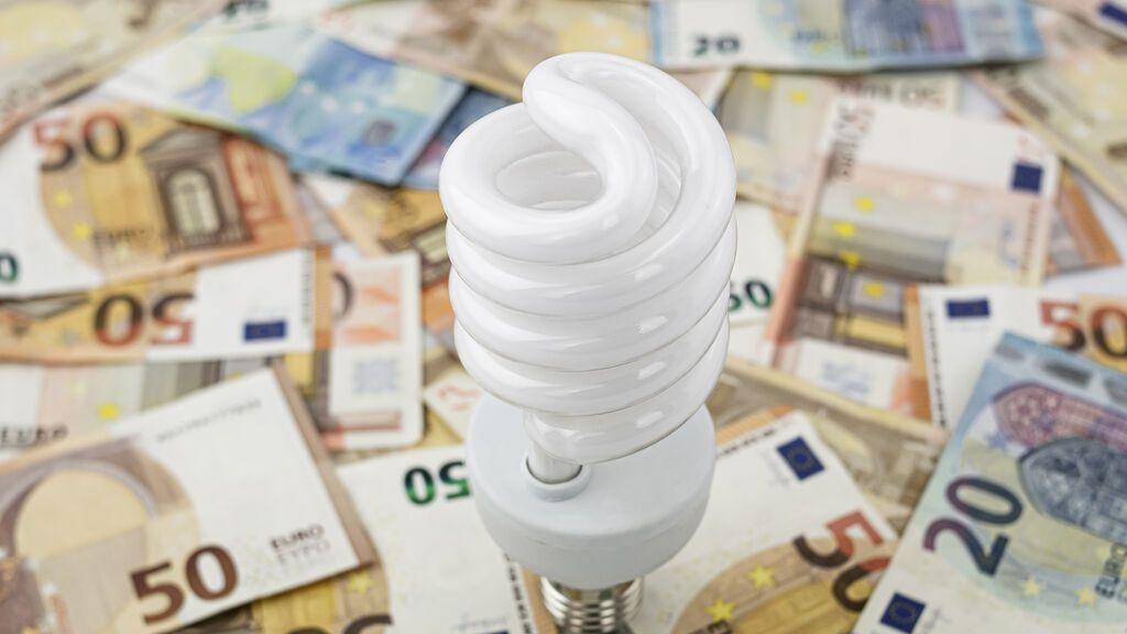 El Gobierno bajará el IVA de la luz al 10% este jueves