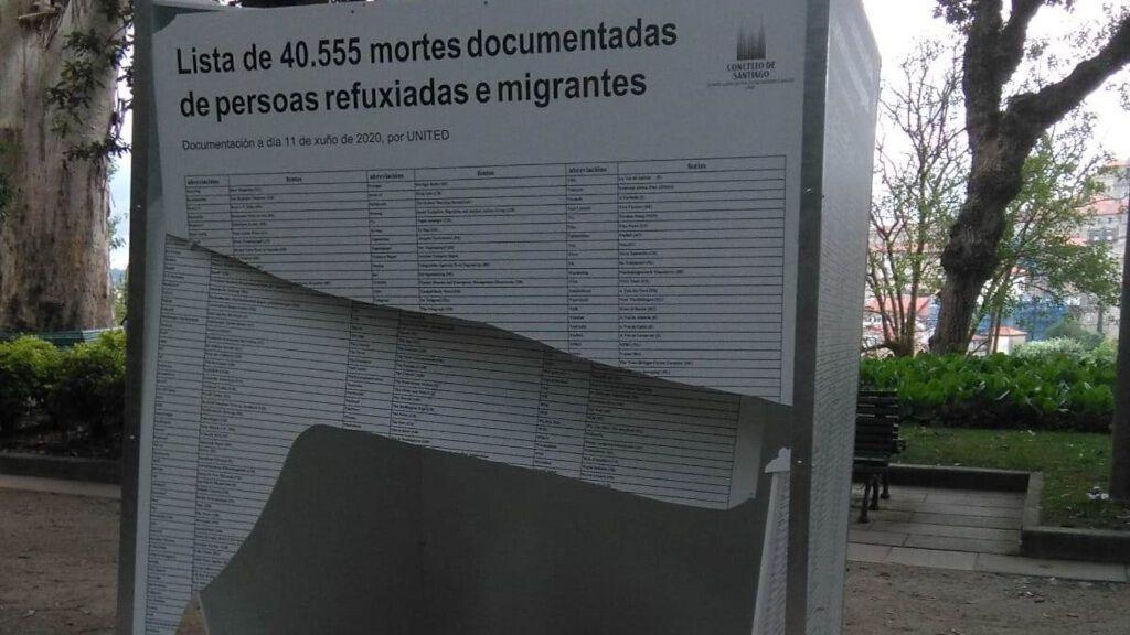 Atacan una exposición en Santiago en memoria de refugiados y migrantes