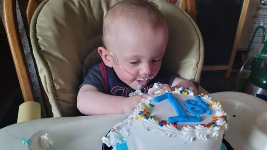 Richard, el bebé más prematuro del mundo, celebra su primer año de vida